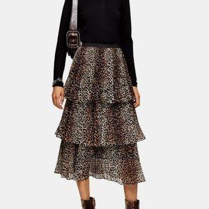 Leopard print tiered skirt